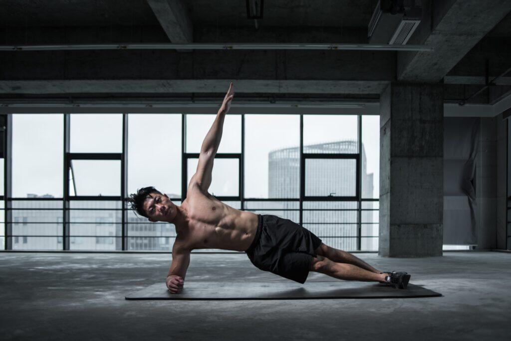sixpack oefeningen side planks
